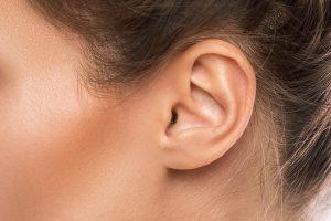 Impiantato orecchio stampato in 3D su bambini con malformazione