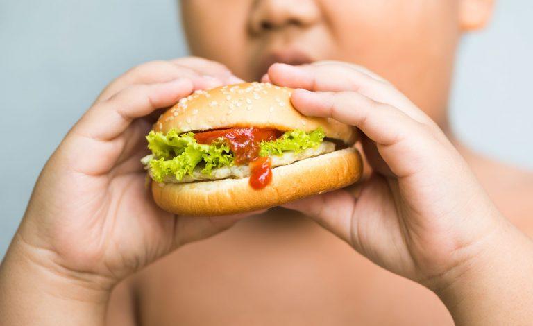 L'obesità aumenta il rischio di contrarre un tumore