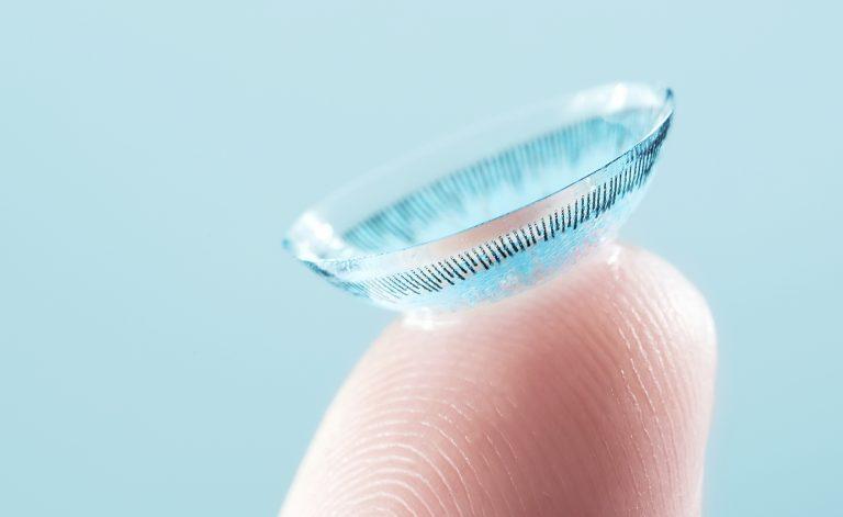 Arriva il cerotto hi-tech che rilascia farmaci nell'occhio